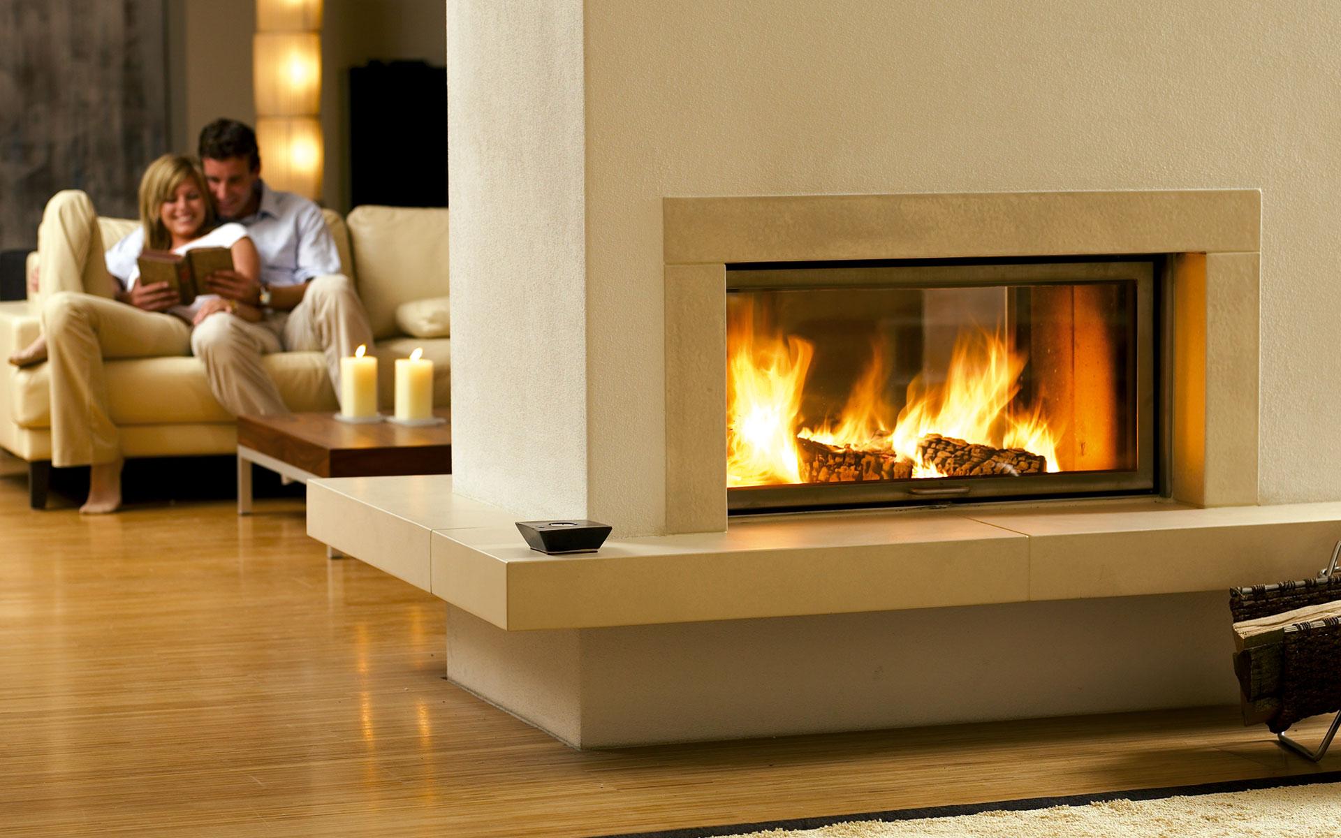 Hervorragend Design und Komfort im Wohnzimmer mit dem perfekten Kachelofen BD71
